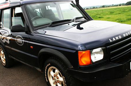 4x4-off-road-driving-01165032