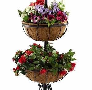 DECORATIVE FLOWER PLANTER 2